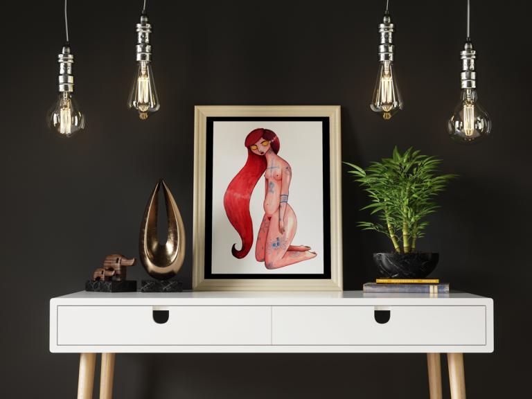 Ilustración de mujer desnuda y tatuada en actitud reflexiva